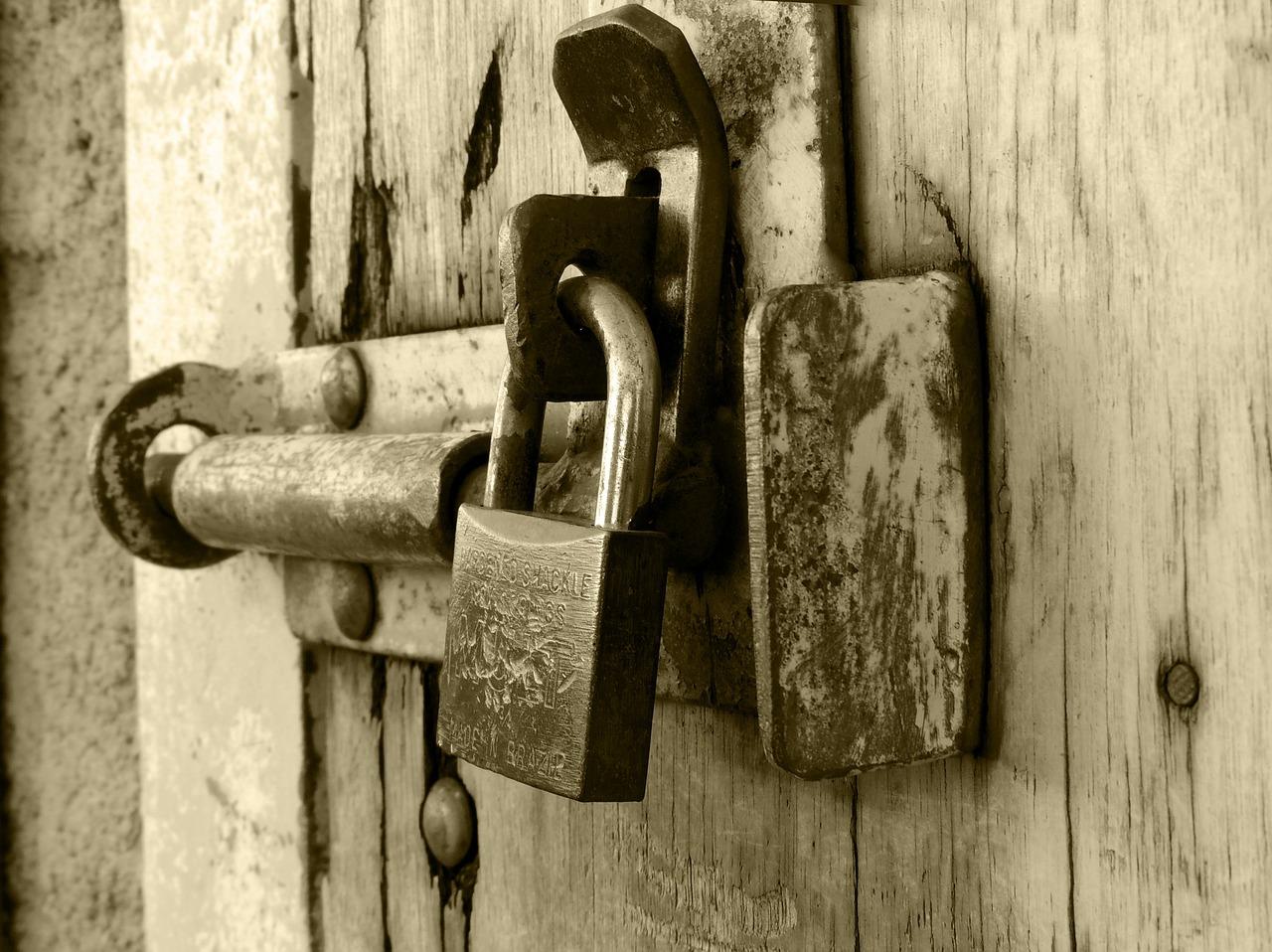 lock-261491_1280